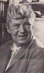 Инбер (Бронштейн) Вера Михайловна (1890-1972) - писатель.